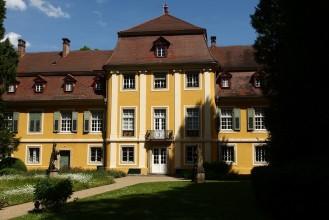 Schloss_Hofling_2.jpg